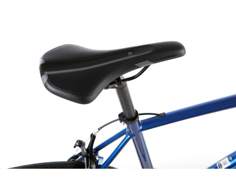 wygodny rower szosowy w kolorze niebieskim